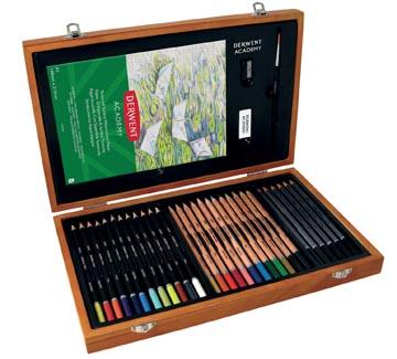 Derwent Academy kleurpotloden, set van 30 potloden, verpakt in houten box